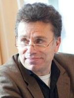 Prof. Peter Auer in die Königliche  Akademie der niederländischen Sprach- und Literaturwissenschaft aufgenommen