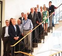 Austausch und Ausblick: Erfolgreiche konstituierende Sitzung des neuen Steuerungsgremiums am FRIAS