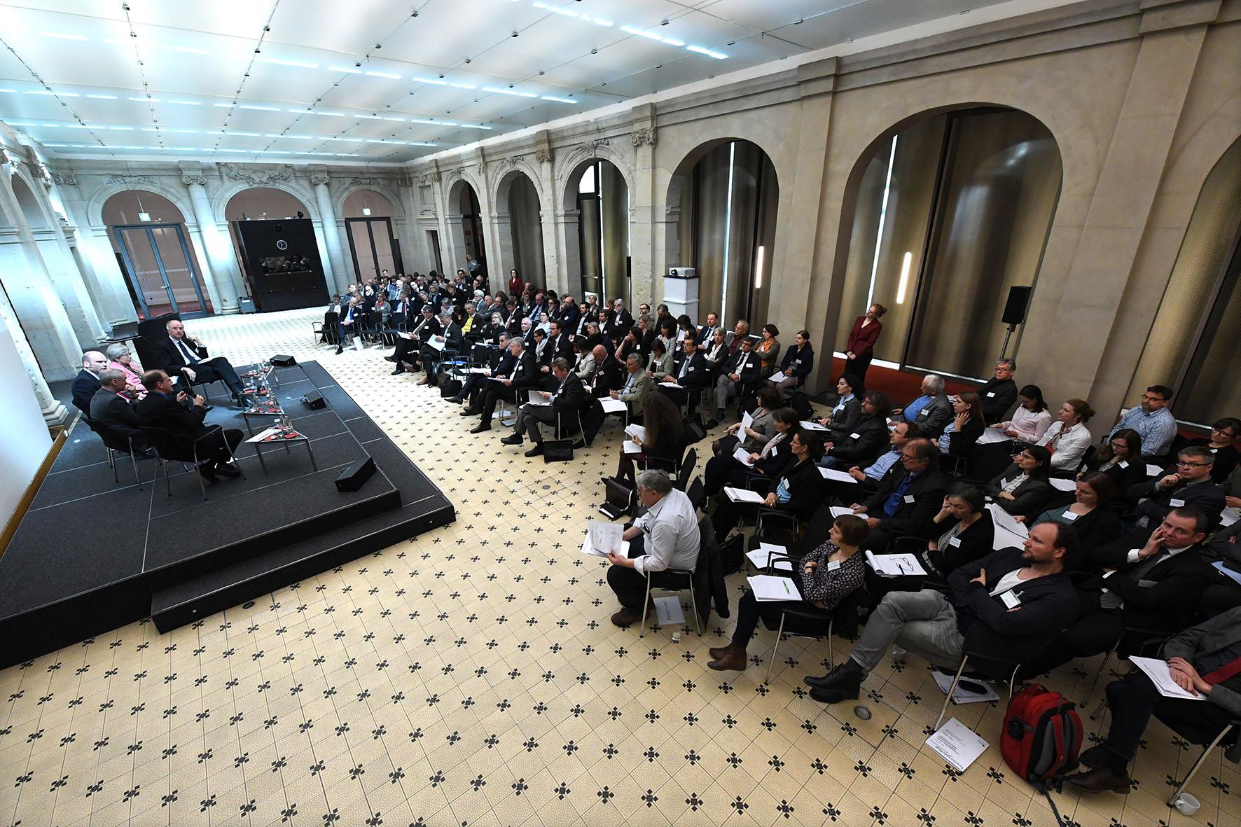 Gemeinsamer Beschluss der Forschungskollegs im Anschluss an die öffentliche Tagung